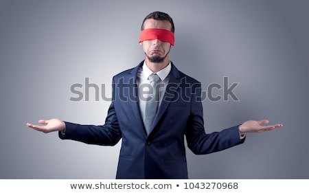 Cubierto ojo empresario pared indeciso pie Foto stock © ra2studio
