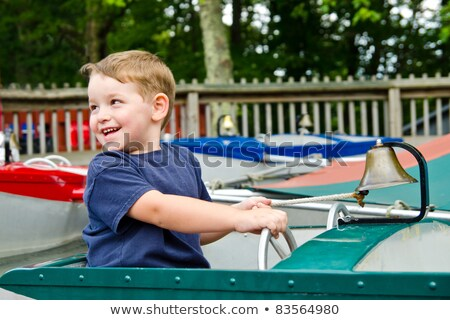 Gelukkig boot genieten spelen pretpark Stockfoto © galitskaya