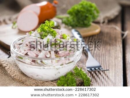 Heerlijk eigengemaakt vlees salade mayonaise komkommer Stockfoto © Dar1930