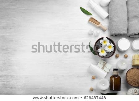 romântico · estância · termal · velas · ardente · grupo · escuro - foto stock © tannjuska