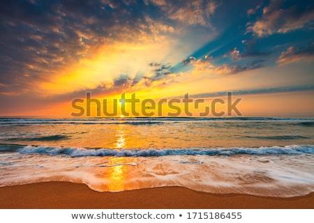 perem · naplemente · tájkép · égbolt · felhők · út - stock fotó © zhekos