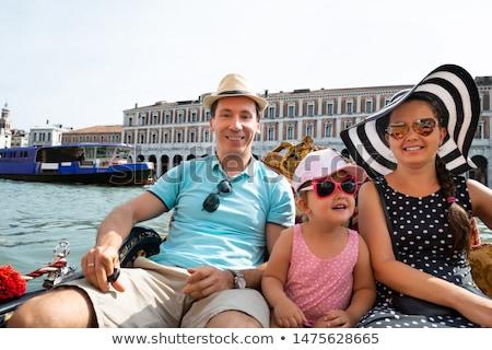 Familia vela góndola Venecia familia feliz vacaciones Foto stock © AndreyPopov