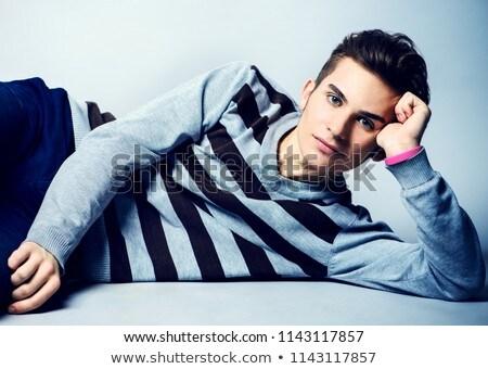 Branco inconsciente telefone adolescente masculino Foto stock © wavebreak_media