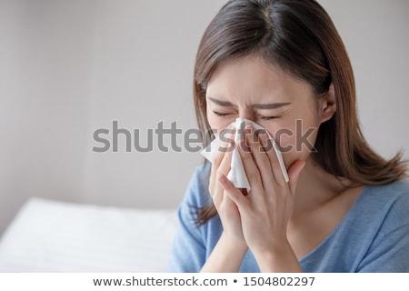 Kobieta tkanka papieru sypialni domu życia Zdjęcia stock © wavebreak_media