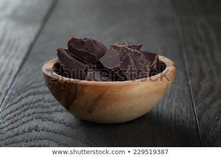 Pièces chocolat plaque cannelle anis table Photo stock © tannjuska