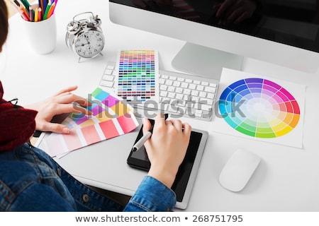 donna · disegno · qualcosa · grafica · tablet · home · office - foto d'archivio © vlad_star