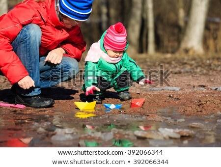Meisjes boot gelukkig auto weg natuur Stockfoto © IS2