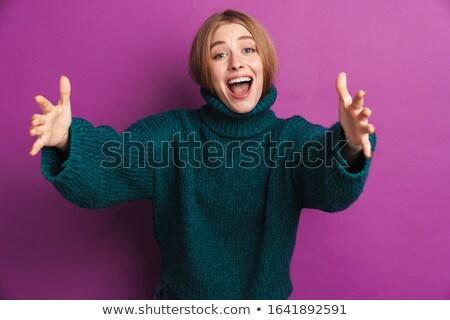 Optymistyczny młoda kobieta dać obraz stwarzające odizolowany Zdjęcia stock © deandrobot