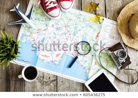 Hazırlık seyahat harita fincan kahve Stok fotoğraf © master1305