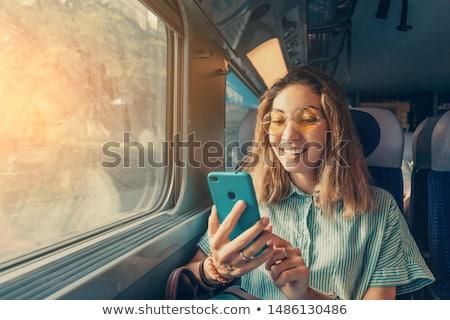 Photo stock: Femme · plate-forme · train · visage · permanent