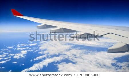 Avião asa céu nuvens cabine janela Foto stock © franky242
