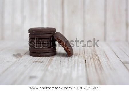 薄い チョコレート ミント クッキー 白 プレート ストックフォト © dbvirago
