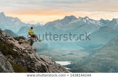 gyönyörű · nő · ül · hegy · felső · természet · zöld - stock fotó © maridav