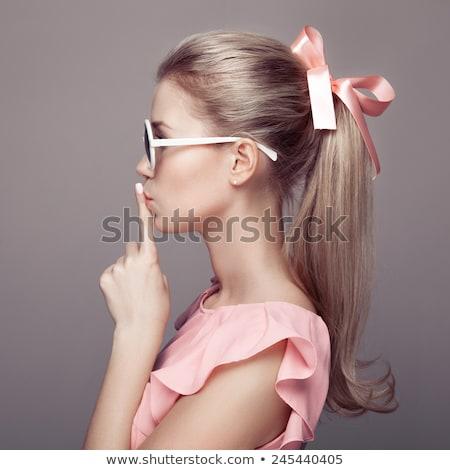 Modă păpuşă stil fată roz machiaj Imagine de stoc © lunamarina