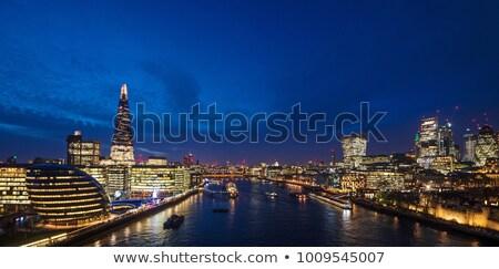 London éjszaka égbolt víz naplemente tájkép Stock fotó © chris2766