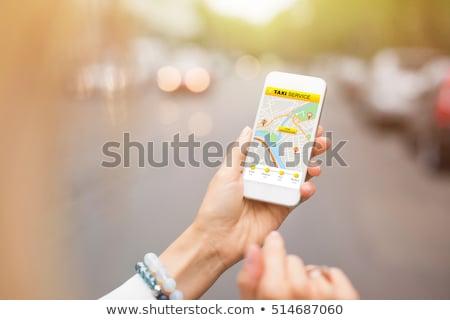 スマートフォン 携帯 アプリ コール タクシー 男 ストックフォト © stevanovicigor