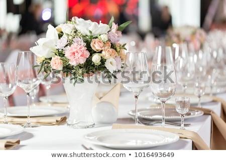 bruiloft · diner · romantische · kaarsen · bloemen · bloem - stockfoto © gsermek