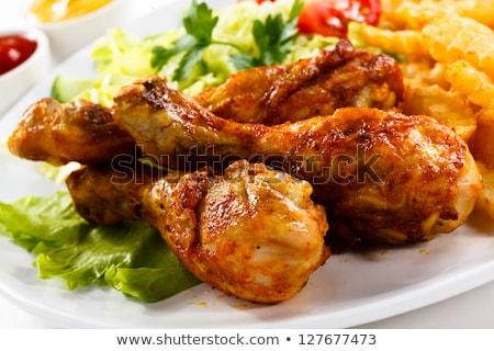Brathähnchen Bein Salat Essen Tabelle Mittagessen Stock foto © M-studio