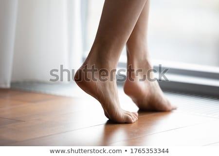 Mezítláb meztelen láb fiatal nő alszik fehér Stock fotó © pressmaster