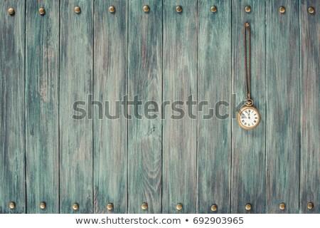 Tijd vintage zakhorloge verweerde hout hand Stockfoto © nessokv