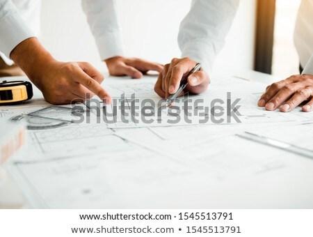 Arquiteto desenho diagrama equipamentos de segurança secretária Foto stock © AndreyPopov
