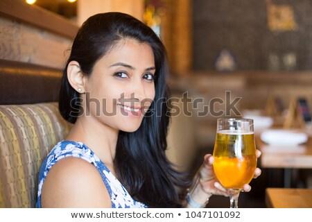 Arap ayarlamak kadın başörtüsü canlı Stok fotoğraf © toyotoyo