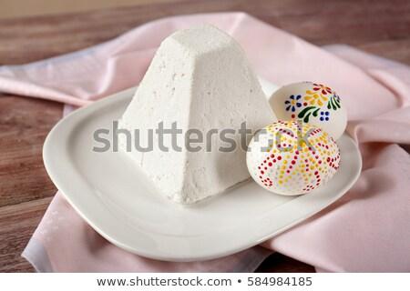Traditioneel Pasen cake geschilderd eieren licht Stockfoto © furmanphoto