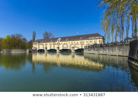 Histórico río Munich Alemania agua edificio Foto stock © meinzahn