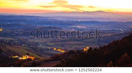 Foto stock: Pôr · do · sol · panorâmico · ver · montanha · idílico · paisagem
