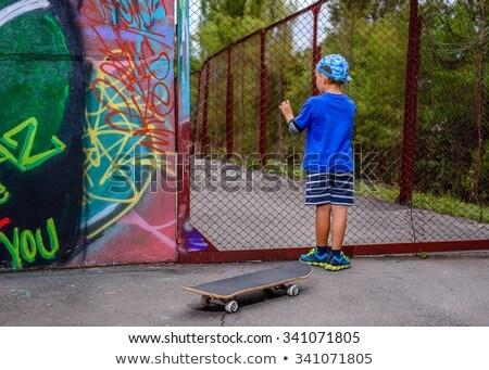 мало · мальчика · забор · Постоянный · только · древесины - Сток-фото © d13