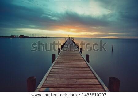 pier · barca · guardando · basso · acqua · panorama - foto d'archivio © meinzahn