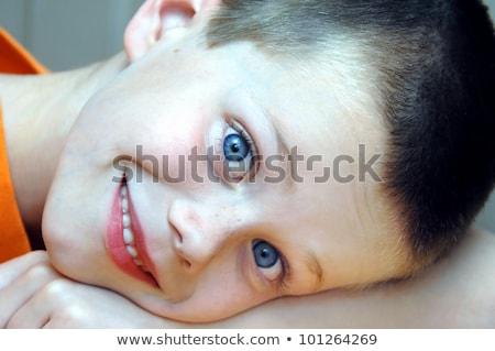 Extrema primer plano sonriendo retrato riendo Foto stock © IS2