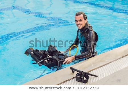 Portret szczęśliwy nurkowania instruktor gotowy uczyć Zdjęcia stock © galitskaya