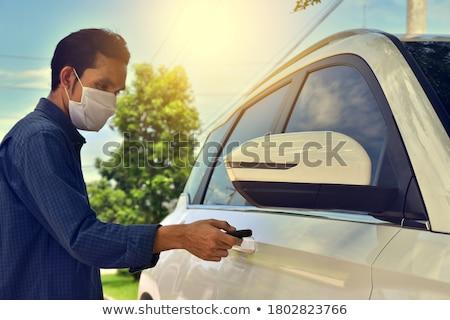Férfi nyitás slusszkulcs új autó bemutatóterem autó Stock fotó © wavebreak_media