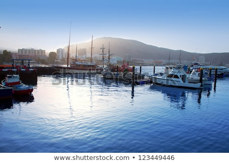 Foto stock: Porto · porta · veleiro · nascer · do · sol · costa · cidade