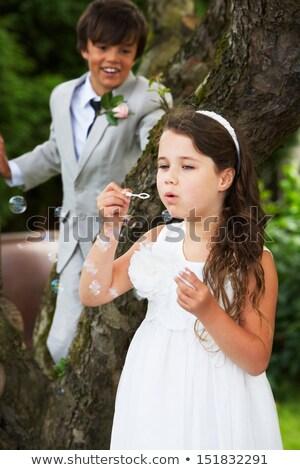 Oldal fiú koszorúslány buborékfújás esküvő gyerekek Stock fotó © monkey_business