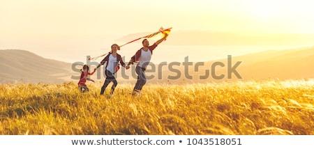 gün · batımı · mutlu · aile · el · mutlu · güneş · çocuk - stok fotoğraf © Paha_L