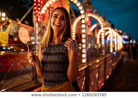 jovem · mulher · sessão · parede - foto stock © acidgrey