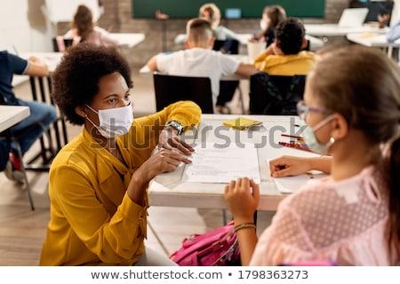 iskolás · lány · tanár · aranyos · édes · piros · alma · gyönyörű - stock fotó © artisticco