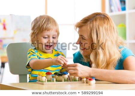 матери · ребенка · играет · домой · лет · старые - Сток-фото © lopolo