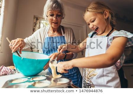 Nagymama gyerekek süt együtt konyha nagyi Stock fotó © vectorikart