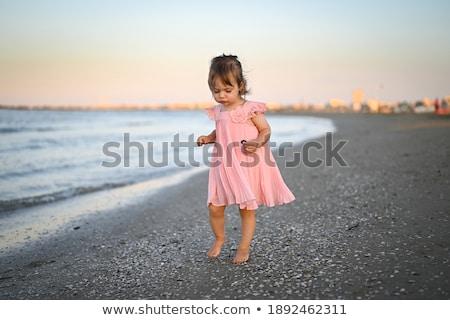 kadın · yürüyüş · plaj · gülen · güzel - stok fotoğraf © andreypopov