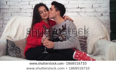 ritratto · donna · guardando · fotocamera · uomo · bacio - foto d'archivio © dacasdo