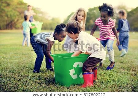 Apprendimento riciclare madre insegnamento bambino Foto d'archivio © luminastock