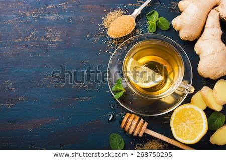 Foto stock: Ingredientes · quente · chá · gengibre · limão · de