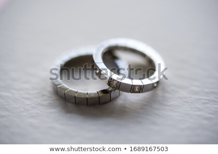 kettő · platina · ezüst · jegygyűrűk · fehér · együtt - stock fotó © juniart