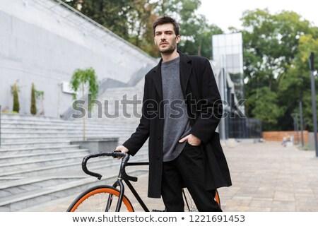 çekici genç kat yürüyüş bisiklet sokak Stok fotoğraf © deandrobot