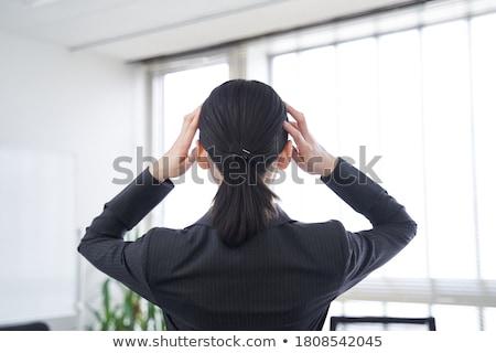 kobieta · interesu · posiedzenia · pracy · biuro · patrząc - zdjęcia stock © andreypopov