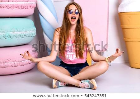 Aantrekkelijk jonge vrouw lang haar vloer mooi meisje witte Stockfoto © Aikon