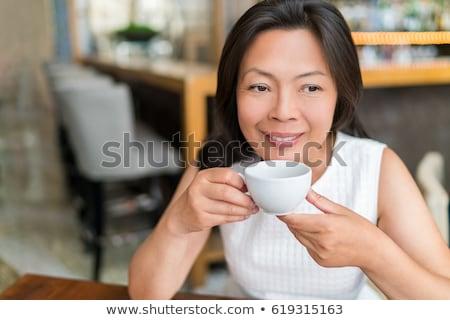Reifen asian Frau trinken Englisch Frühstück Stock foto © Maridav
